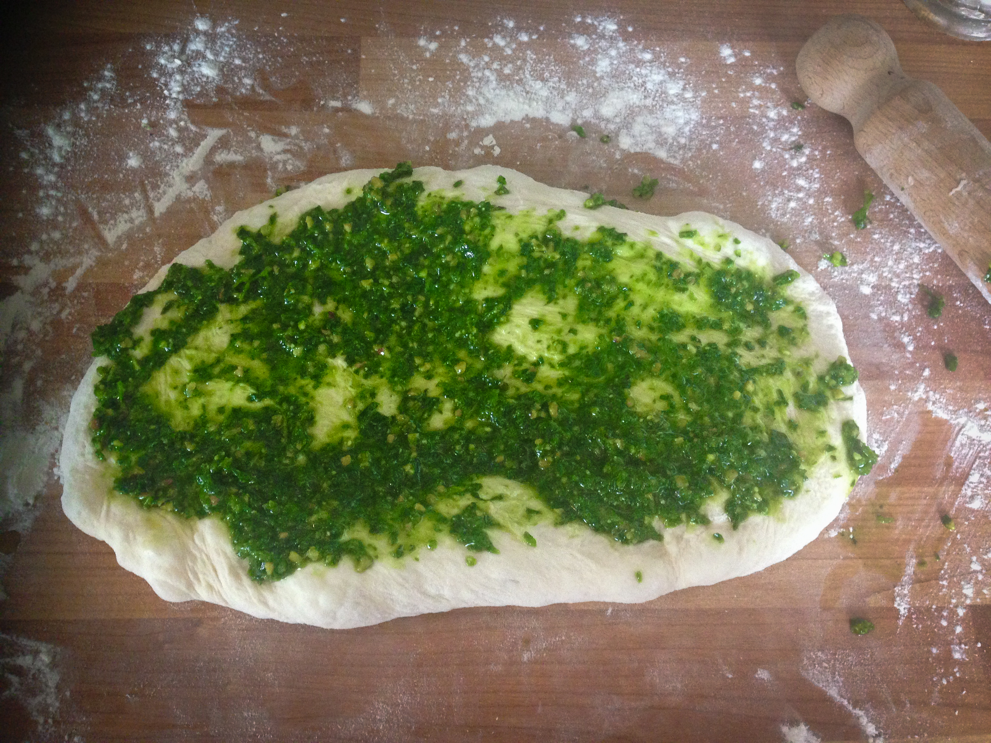 wild garlic pesto bread-1-2